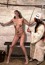 Slavegirls in an oriental world - As her masters cock entered her by Damian